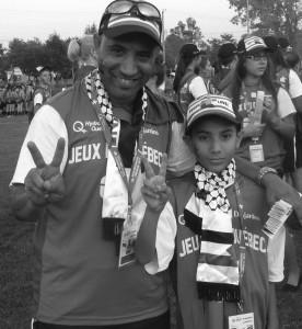 Mustapha-Alaoui en compagnie de son fils