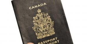 260 000 personnes ont obtenu la citoyenneté canadienne en 2014 mais 700 dossiers sont en cours de révocation