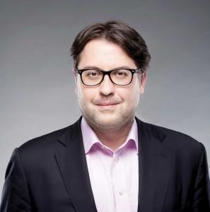 David Heurtel,  Ministre du Développement  durable, de l'Environnement  et de la Lutte contre  les changements climatiques Député de Viau